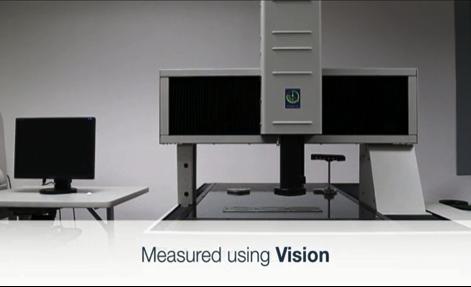 PCBを三次元画像測定